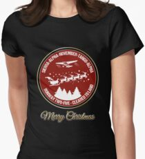 Pilot Christmas Gift Aviation Air Traffic Controller Holiday Santa Airlines Retro Design T-Shirt  T-Shirt