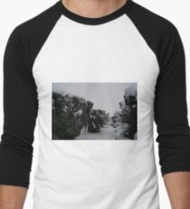 Snow bedecked churchyard Yew Trees. Men's Baseball ¾ T-Shirt