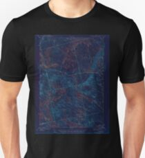 Maine USGS Historical Map Scraggly Lake 306760 1944 62500 Inversion Unisex T-Shirt