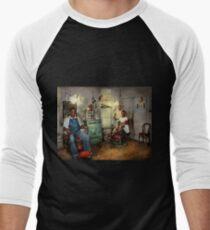 Barber - Family owned 1942 T-Shirt