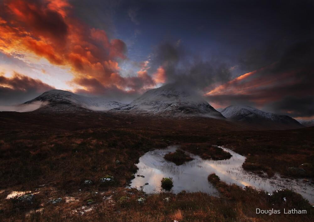 Srón na Créise - Glencoe by Douglas  Latham