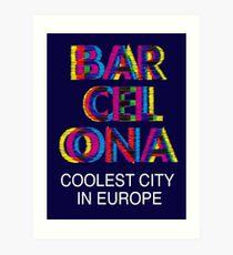 Láminas artísticas «Barcelona Glitch Psychedelic Coolest City in Europe» de  sundressed  18c3e1d5314
