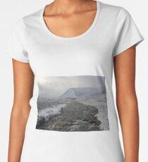 Winter river Premium Scoop T-Shirt