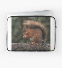 Squirrel shelter Laptop Sleeve