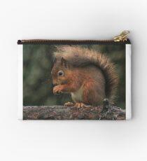 Squirrel shelter Zipper Pouch