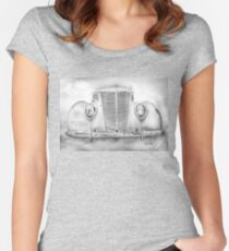 1937 VINTAGE HUMPBACK Women's Fitted Scoop T-Shirt