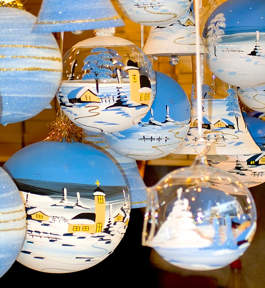 Christmas Baubles II by andyw
