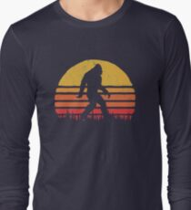 Retro Bigfoot Silhouette Sun Vintage  - Believe! Long Sleeve T-Shirt
