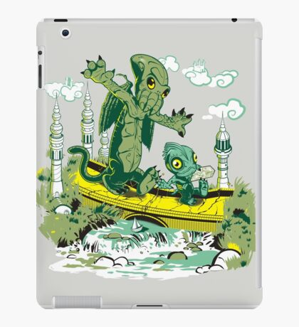 DAGONIN AND CTHULOBBES iPad Case/Skin