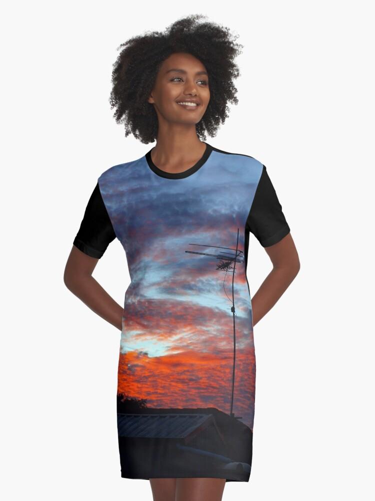SUBURBAN SUNSET Graphic T-Shirt Dress Front