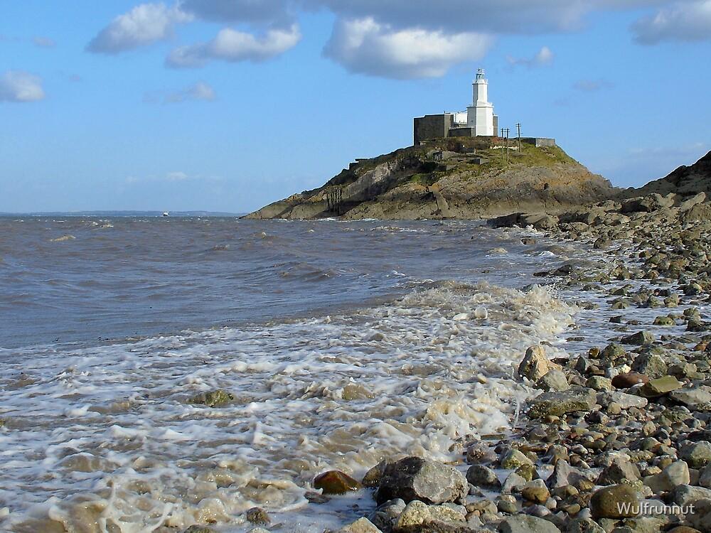 Mumbles Lighthouse by Wulfrunnut