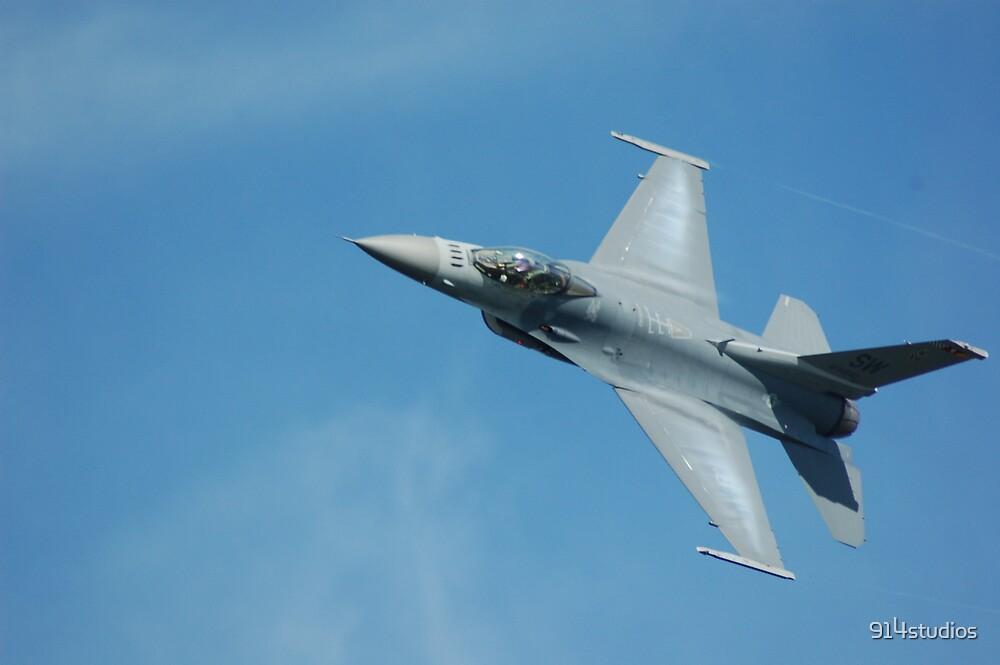 F16 Viper by Mark Weaver