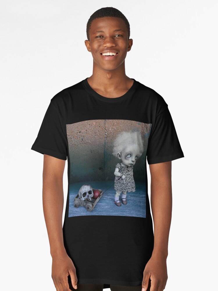 Little Girl with a Skull Creepy Artist Doll. Long T-Shirt Front