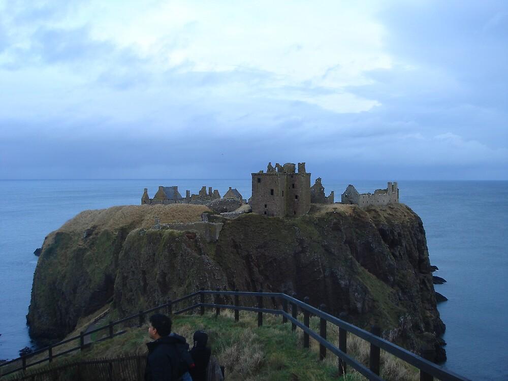 scotland castle by Gipi Gopinath