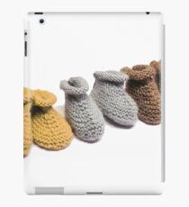 petits chaussons tricotés iPad Case/Skin