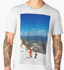 Calvin an Hobbes in Mountain Holiday Men's Premium T-Shirt