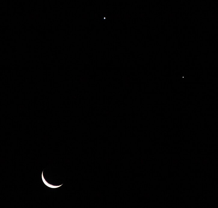 The Moon, Venus and Jupiter smiling down on us by Steve D