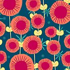 Wunderliches rosa und Marineblau-Blumenmuster von HoneybethStudio