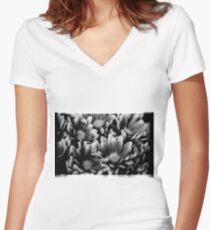 00391 Women's Fitted V-Neck T-Shirt