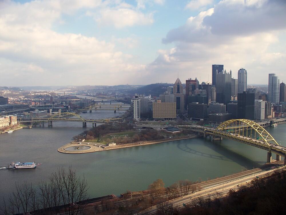 Pittsburgh Skyline by tsafnaes