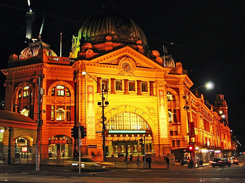 Flinders St Station by mypics4u