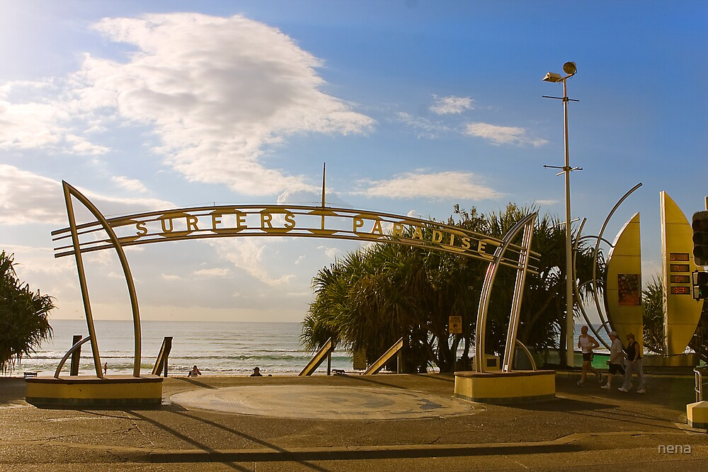 Surfers Paradise by nena
