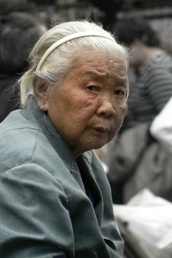 Shanghai Women by howieb101