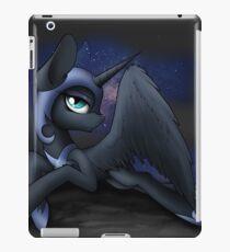 Alptraum-Mond iPad-Hülle & Klebefolie