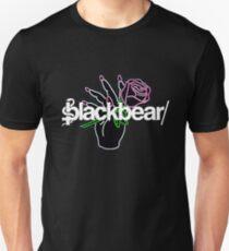 Blackbear LEd ROse Hand mit Blume LOGO Slim Fit T-Shirt