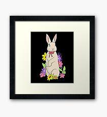 Süßes Kaninchen in einer Bunten Blumenwiese Hase Framed Print