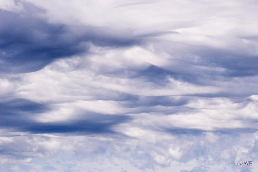 Satin Sky by inAWE