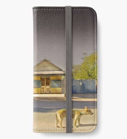 The Last to Leave iPhone Wallet