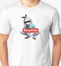 Surprise blending Unisex T-Shirt