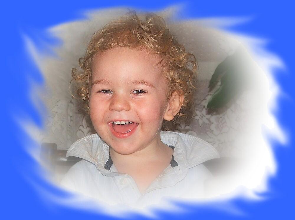 Little Angel  by Redrose10