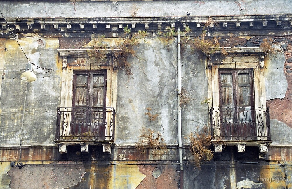 Sicilian Facade by inmysight