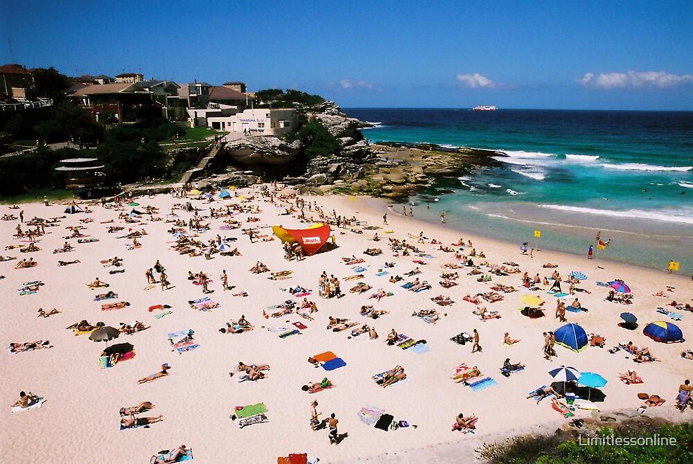 Tamarama Beach, Sydney by Limitlessonline
