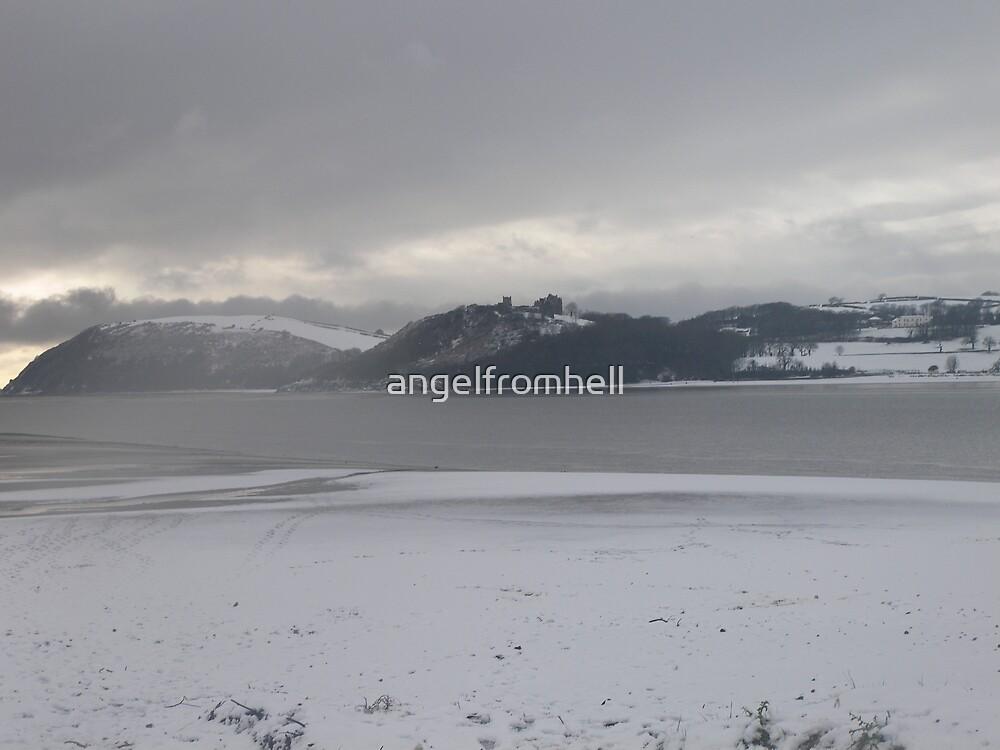 A snowy Llansteffan castle from Ferryside beach by angelfromhell