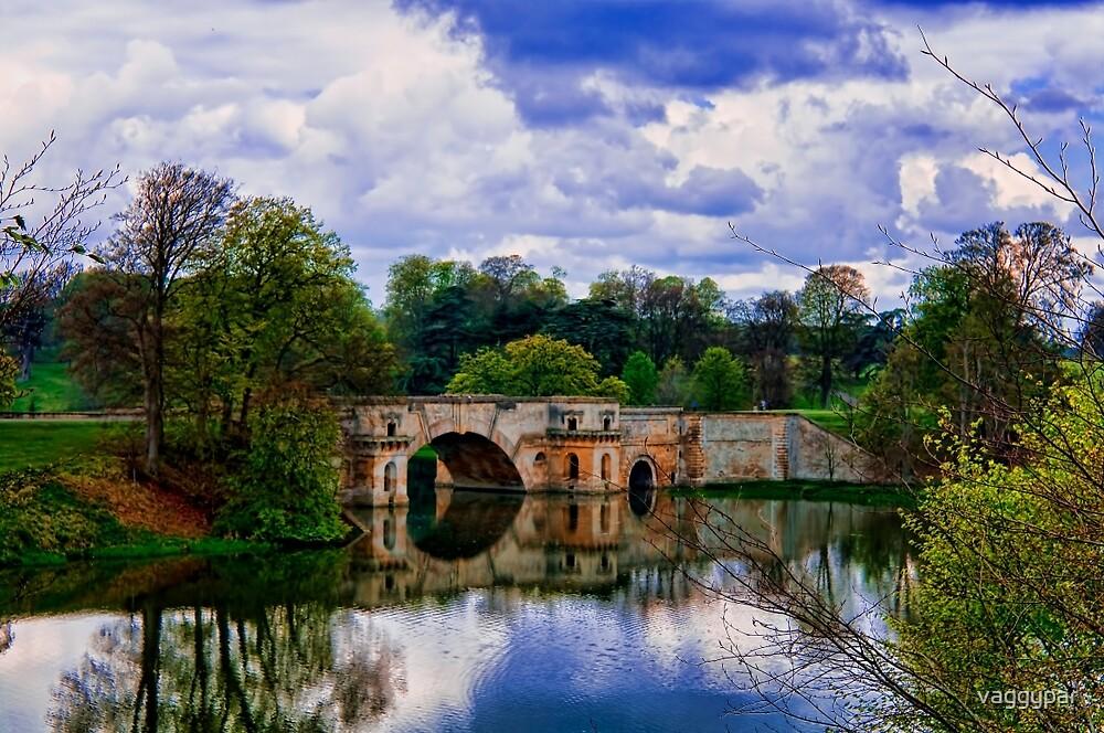 THE BRIDGE by vaggypar