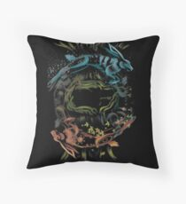 Prince with a thousand enemies Throw Pillow
