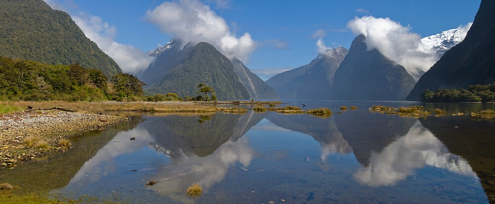 Milford Sound Panorama by Ian Robertson
