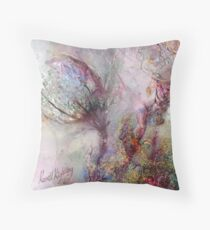 Qualia's Meadow L Floor Pillow