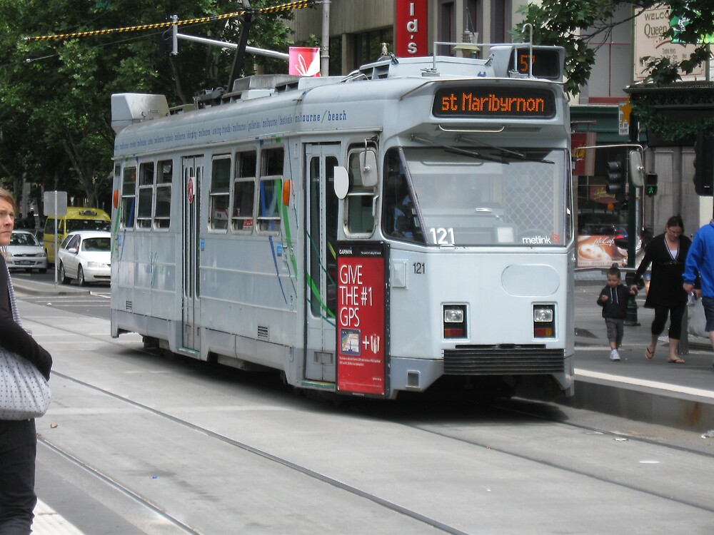 Melbourne Tram by Lee Revell