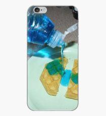 Reinigungsmittel auf Waffel iPhone-Hülle & Cover