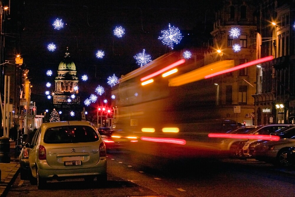 Christmas Rush - Edinburgh by Chris Clark