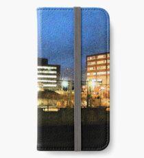 Nightly view of Helsinki iPhone Wallet/Case/Skin