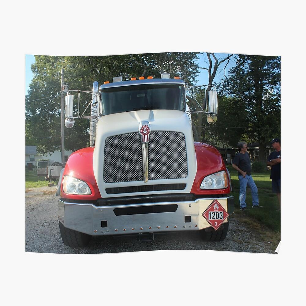 Zwei alte Trucker und ein Truck Poster