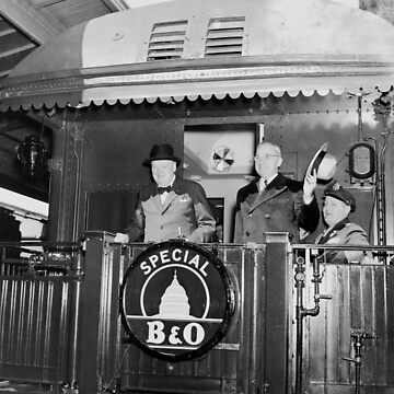 Truman und Churchill auf der Rückseite eines Zuges von warishellstore
