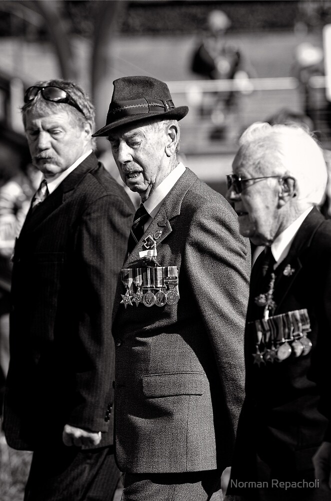 Melbourne ANZAC day parade 2013 - 09 by Norman Repacholi