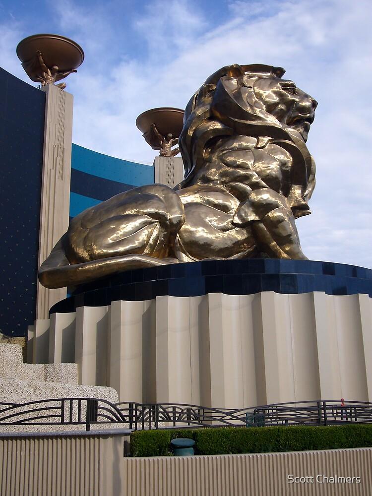 Las Vegas Lion by Scott Chalmers