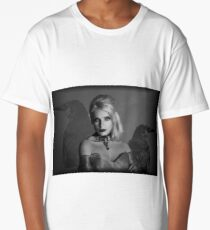 dark princess Long T-Shirt